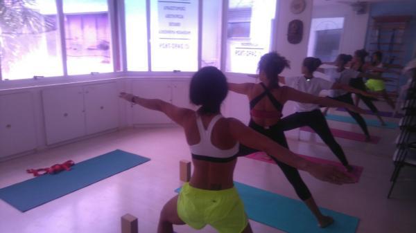 Aulas de Hata Yoga com Rodrigo Iorio
