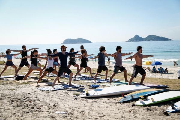 Alongamento com Hata Yoga