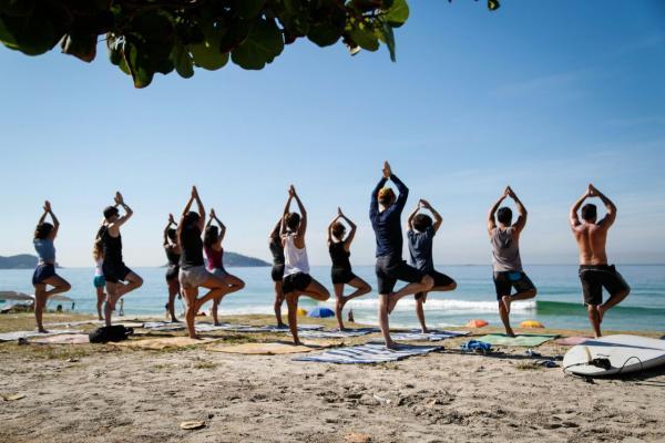 Hata Yoga antes de entrar na água